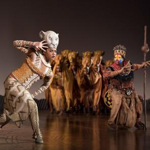 Nia Holloway as Nala, Buyi Zama as Rafiki and The Lionesses in THE LION KING North American Tour©_Disney